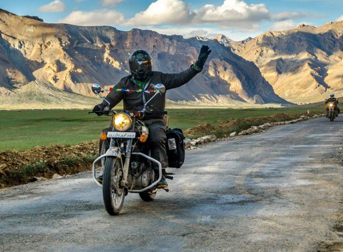 Ladakh Bike Trip , Car Trip ( SUV Trip )